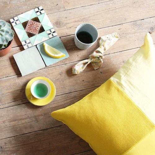 cojin-kvadrat-damier-50x50cm-amarillo